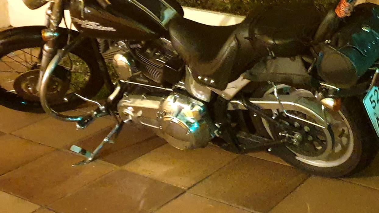 FREE MOTORCYCLE PARKING
